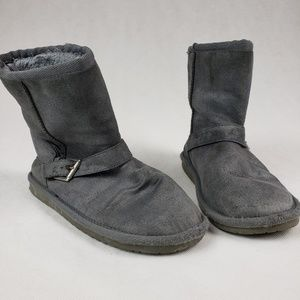 Girls Size 2 Gray Boots With Buckle
